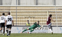 Livorno, vittoria con la Pro Vercelli e primo posto in classifica