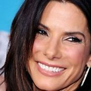 Sandra Bullock Received The Blessing From Jennifer Aniston | Celebup