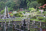 Visit the Tirtagangga Water Palace