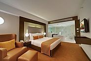 Offers full Luxury and Comfort at Affordable Hotel Rates in Bangalore