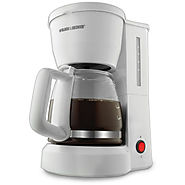 Black and Decker Coffee Maker Review - DCM600W 5-Cup Drip Coffeemaker - Kitchen Things