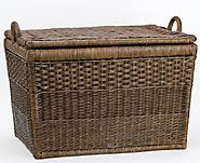 Small wicker baskets