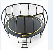 5 Features of a Round Trampoline - Domi Jump