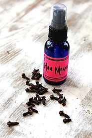 Vanilla Clove Body Oil Spray | HelloNatural.co