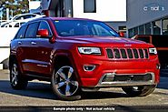 Red Jeep Grand Cherokee Overland 2014