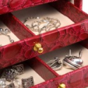 Want to Sell Silver and Gold Jewelry? Where to Start
