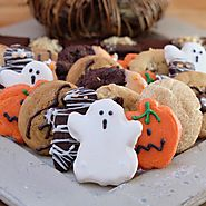 Halloween Goodies Tray with Pumpkin Whoopie Pies and Cookies Tray