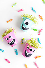 DIY MONSTER CANDY BUCKET - Tell Love and Party
