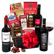 Red Wine & Dark Chocolate Gift Basket - GourmetGiftBaskets.com