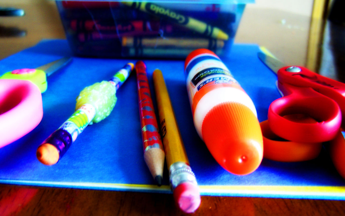 Headline for 10 of the BEST Craft Supplies for Kids This Holiday Season!