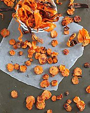 Crispy baked carrot chips