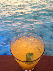 Mango and ginger Mojitos in the Maldives