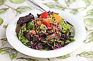 Recipe for Quinoa and Black Lentil Salad with Mixed Salad Greens