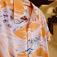 Find Hawaiian Apparels for a Tropical Gateway
