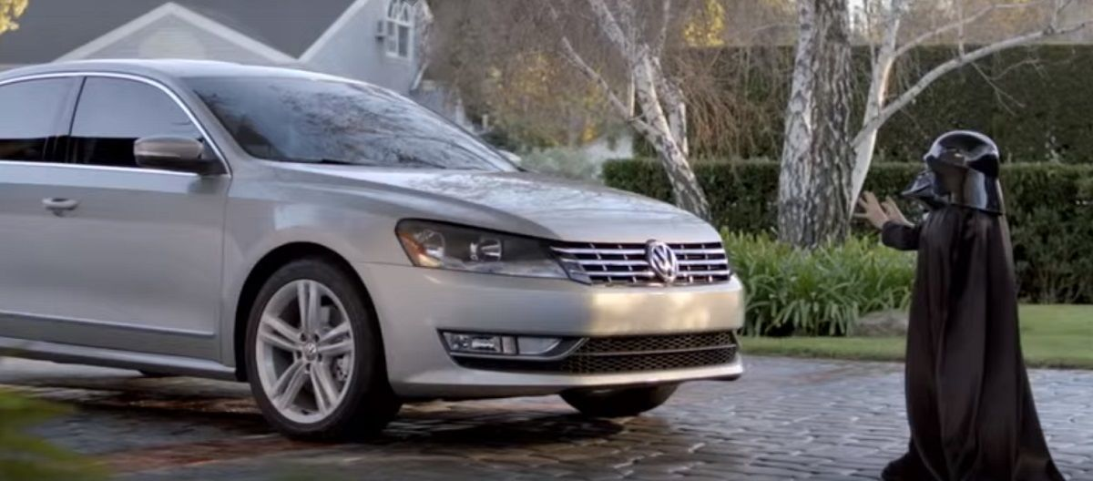 Headline for Ten Best Super Bowl Car Commercials