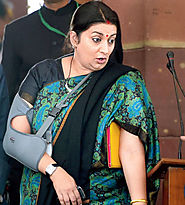 After an Explosive Speech, Smriti Irani Comes under Scanner for Factual Errors!