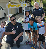 """#CopsLoveLemonadeStands"", Palo Alto Police Department, California"