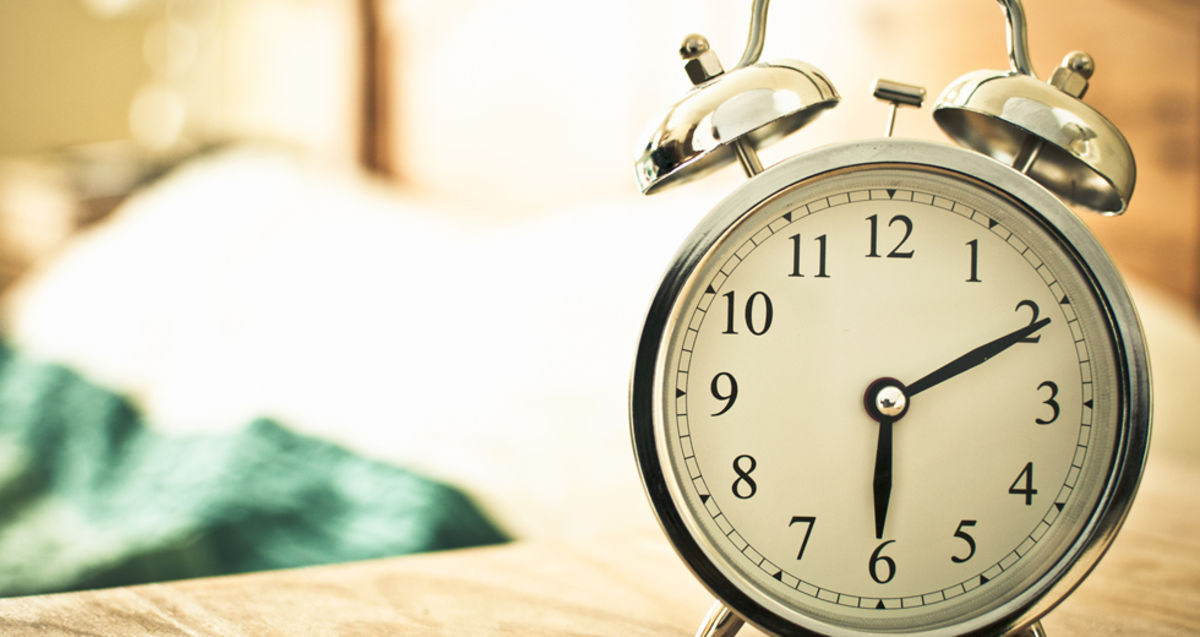 Headline for 10 Ways To Wake Up Early