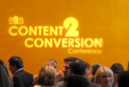 8 Steps To Build A Content Hub That Converts [Slides]