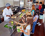 Can Cafeteria Food Be Healthy and Good for the Environment?