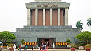 Pay homage to the Ho Chi Minh Mausoleum