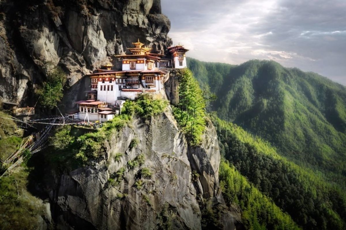 Headline for The Best Places to Visit in Bhutan for Amazing Photographs – photogenic Bhutan