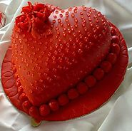 Send Hearten Shape Cake to Your Husband or Wife Online
