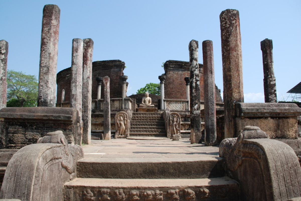 Headline for Top 3 reasons to visit Polonnaruwa