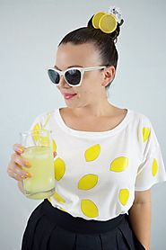 DIY Lemon Print Tee | Cozy Reverie