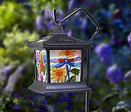 Solar powered hanging lanterns