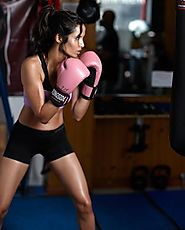 Ladies: 3 Core Reasons Why You Must Kick-box