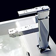 Diamond Shape Single Handle Chrome Finished Solid Brass Bathroom Sink Faucet