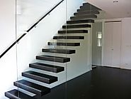 Different Types of Cantilevered Stairs: How To Place It