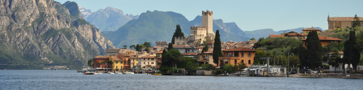 Headline for 10 reasons to ditch the coast and take your next holiday in the Italian Lakes.