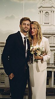 What a City Hall Wedding Planned in 48 Hours Really Looks Like