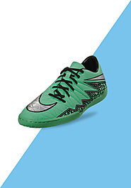 Website at http://www.fashionothon.com/men/footwear/nike-men-hypervenom-phelon-ic
