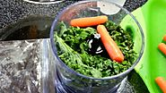 Green Juice Recipe - Spinach, Kale, Carrots & Banana