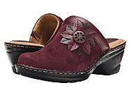 SOFTSPOTS WOMEN'S LARA SLIP ON