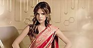 10 Hollywood Celebs In Indian Attire