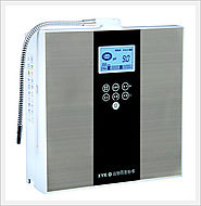 Alkaline water from water ionizer kyk
