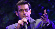 Bigg Boss 7: Salman Khan to leave the show?