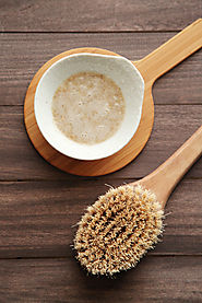 DIY Exfoliating Oatmeal Body Scrub - Alyssa and Carla