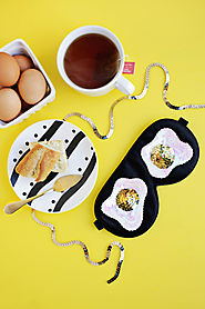 Sequin Fried Egg Sleep Mask DIY