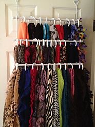 How do you organize the scarves?