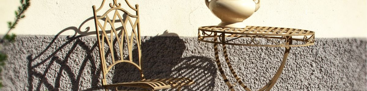 Headline for Best Wrought Iron Outdoor Furniture