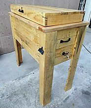 Repurposed Wooden Pallet Water Cooler