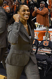 Coach's Chair: Terri Williams-Flournoy, Auburn University