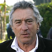 Robert De Niro won 2 awards and 7 nominees