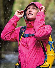 Best-women-s-lightweight-waterproof-rain-jackets-for-running