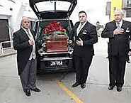 Remarkable Funeral Director Services Offered by a Funeral Director